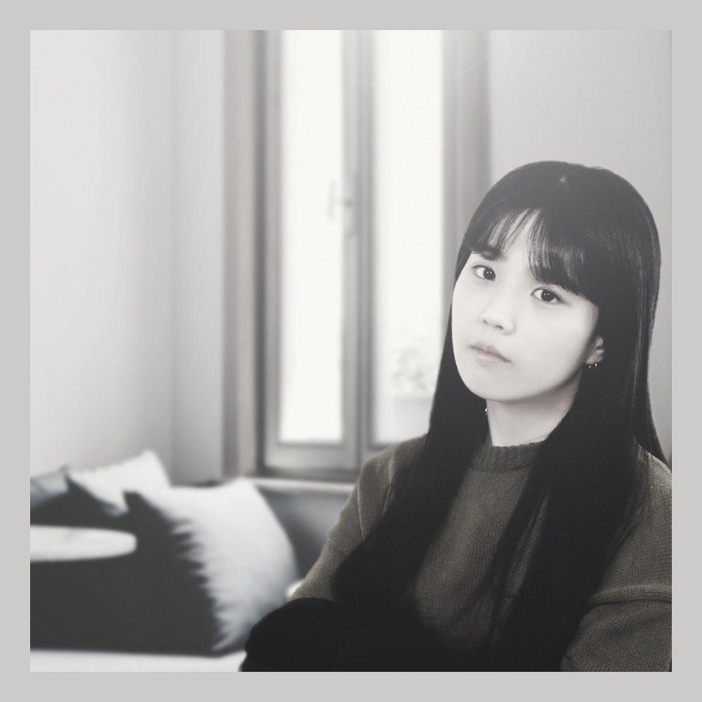 Ryu Ji Hyun  – 여자, 지현 – Single