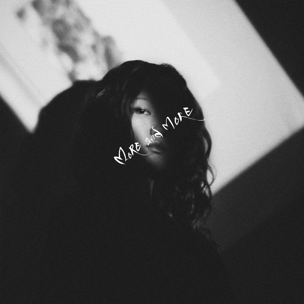 Choyoung – More and More – Single